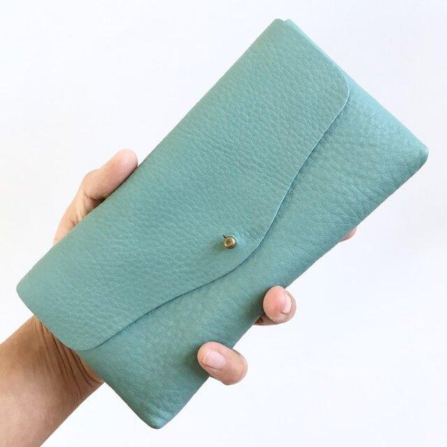 【春の新色】牛シュリンクレザーと牛床ベロアのシンプル長財布[スカイブルー]の画像1枚目