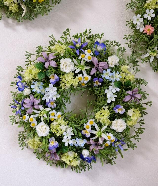 大きめ・ブルー系の優しい小花のリースD(35センチの画像1枚目