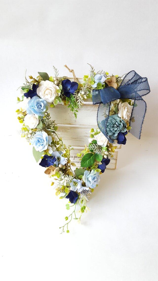 ハート型リース♡*・Blue-rose* Mサイズ(25㎝)☆の画像1枚目