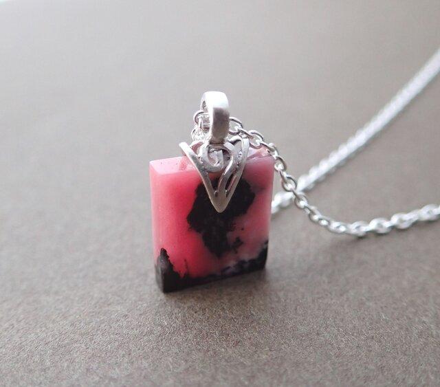ロードナイト(薔薇輝石)ネックレスの画像1枚目