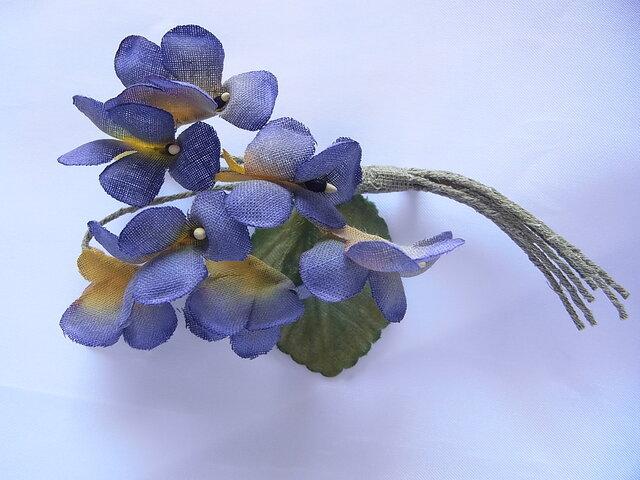青紫×黄色のスミレコサージュの画像1枚目