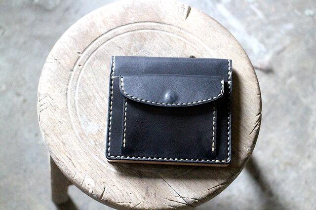 【受注生産品】コインが取り出しやすい二つ折り財布 ~栃木ブラックサドル×栃木ヌメ~の画像1枚目