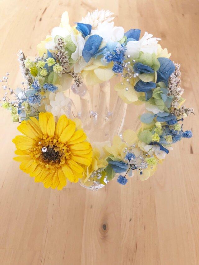 【プリザーブドフラワー紫陽花とガーベラのリース花たちの丸い輪の永遠の祝福】の画像1枚目