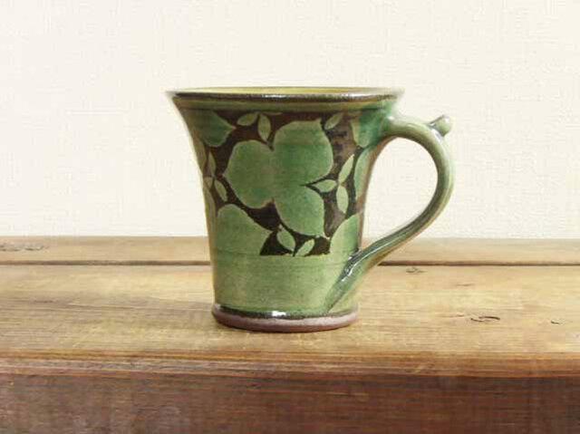 エンレイソウのマグカップ(緑)/オーダーメイド受付可の画像1枚目