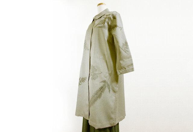 スプリングコート(羊歯の葉模様・グレー色)の画像1枚目