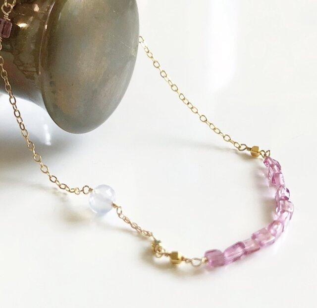 pink tourmaline*blue chalcedony*braceletの画像1枚目