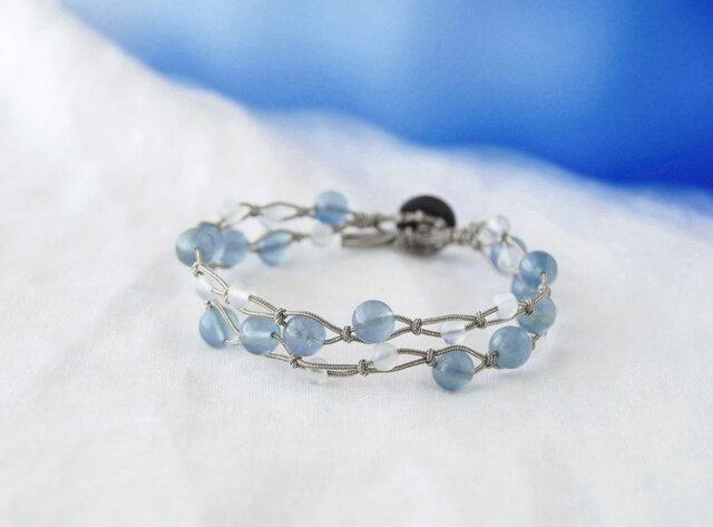 Blue&White Bracelet(フローライト×ムーンストーン)の画像1枚目