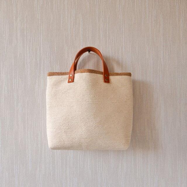 裂き織りのバッグM バニラ×カフェオレの画像1枚目
