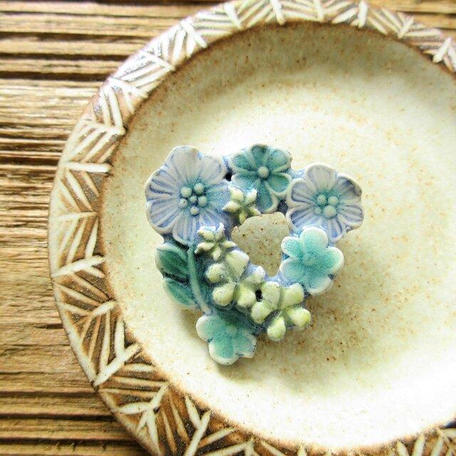 陶器で出来たリースブローチ(一点物)の画像1枚目
