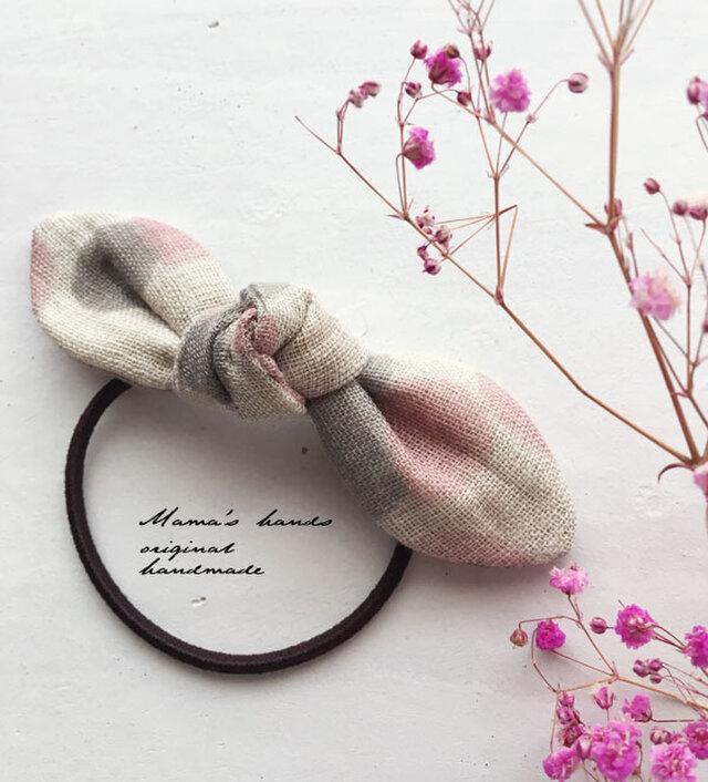 リネン ピンクxグレー 水玉 桜色 春 リボン ヘアゴム♪の画像1枚目