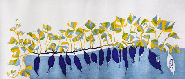 型染めてぬぐい「いもとむし」(青紫)(綿100%・手染め捺染)の画像1枚目
