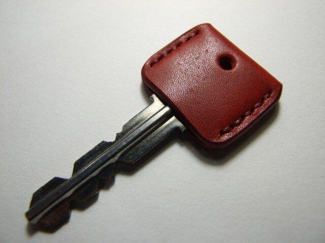 赤いキーカバー エンジステッチの画像1枚目