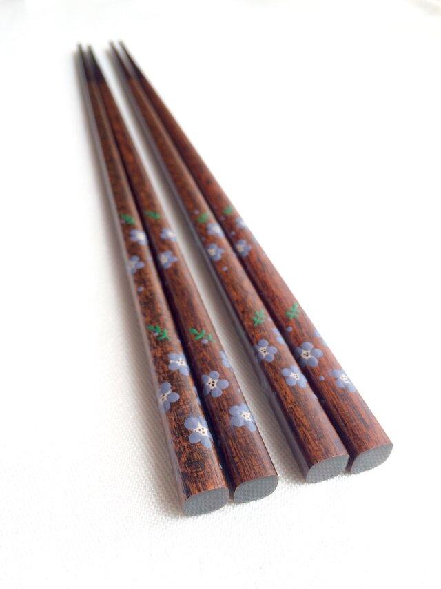 摺り漆の箸 〈漆絵・ネモフィラ〉の画像1枚目