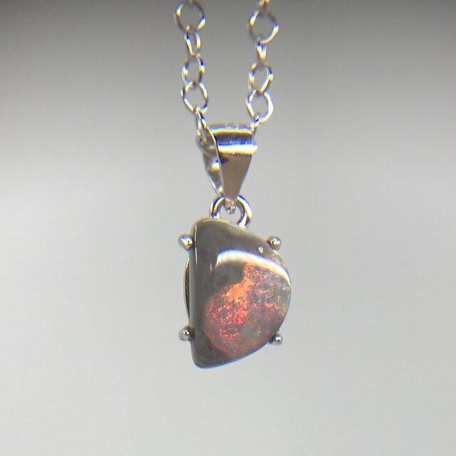天然ブラックオパールシルバーロングネックレス0.93ct☆ オーストラリア・ライトニングリッジ産の原石から磨きました!の画像1枚目