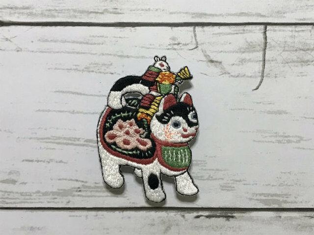 手刺繍浮世絵ブローチ*月岡芳年「猫鼠合戦」の鼠の画像1枚目