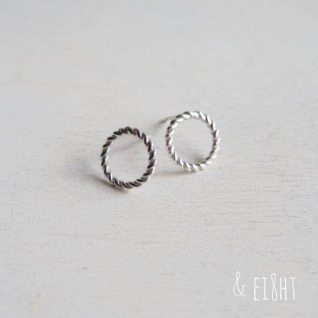 【再販】- Silver - Twisted Circleピアス (L)の画像1枚目