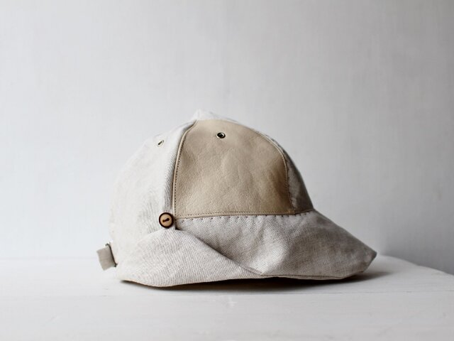 """""""hand-sewn"""" DEERCAP 