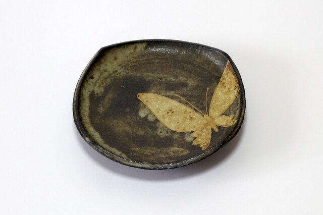 四方皿(金彩 蝶)の画像1枚目