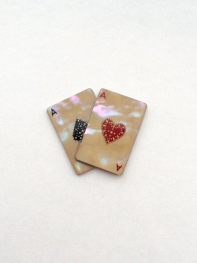 《現品限り》トランプ ブローチor帯留 (ハート&スペード) 螺鈿と漆の画像1枚目