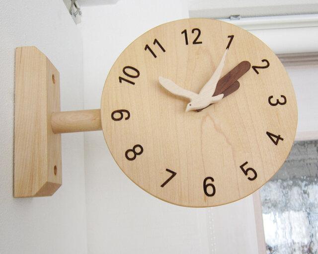 コーナー掛け時計の画像1枚目
