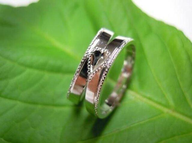 プラチナ・手作り結婚指輪☆ミル打ち&可愛いハートデザインの画像1枚目