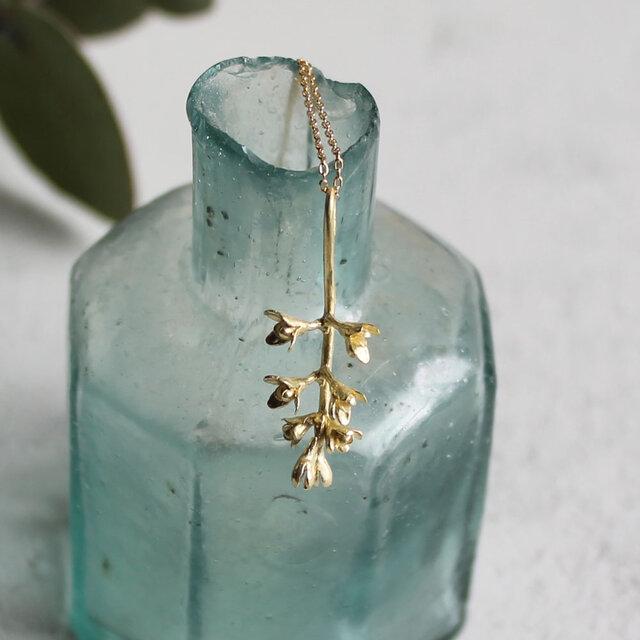 K18 オリーブの花のネックレスの画像1枚目