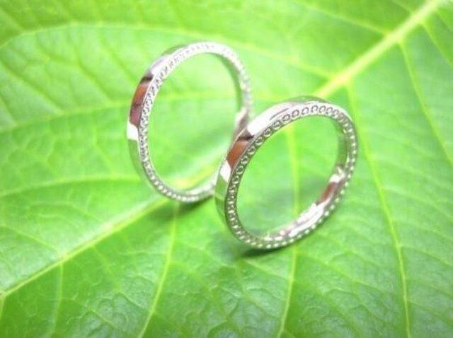 手作りプラチナ結婚指輪・可愛い極細&両サイドミル打ちの画像1枚目