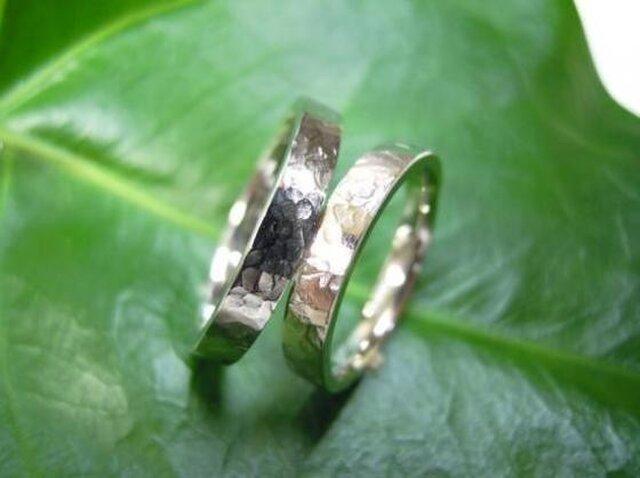 手作りプラチナ結婚指輪・シンプルな平内&打ち出しの画像1枚目