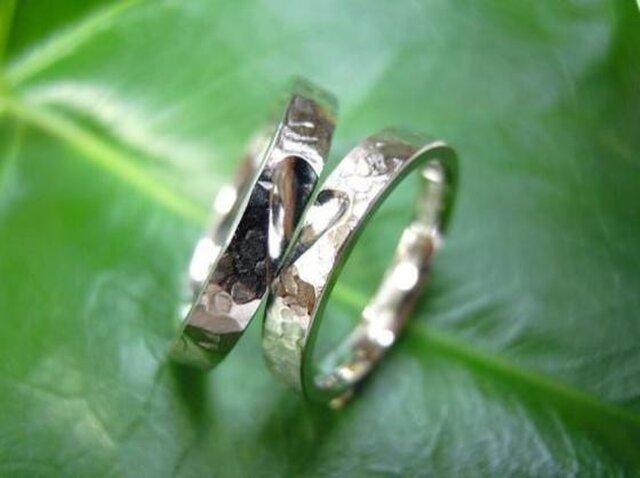PT手作り結婚指輪☆アンバランスな可愛いハート&打ち出しの画像1枚目