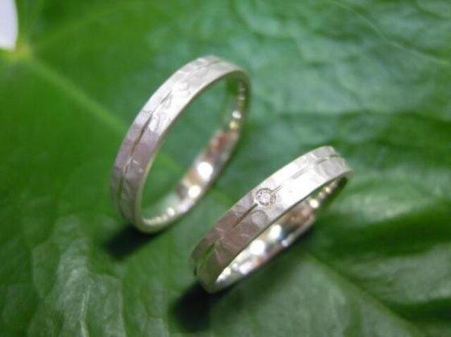 PT手作り結婚指輪☆白くて清楚なツヤ消し&打ち出しの画像1枚目