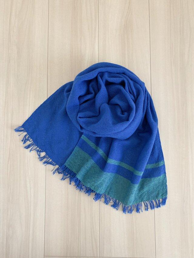 手織りのコットンストール[長め]紺碧 x 緑青色の画像1枚目