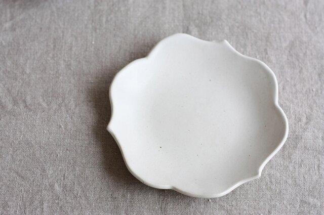 waveまる皿(中/白)の画像1枚目