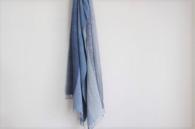 手織り <藍の蒼雫>ストールの画像1枚目