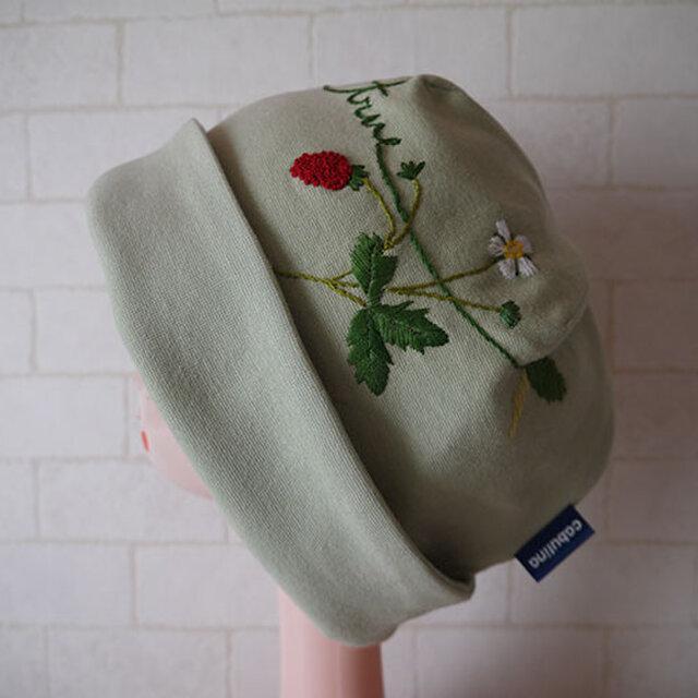 コットン素材スパンフライスニット生地で作ったニット帽(ワイルドストロベリー)の画像1枚目