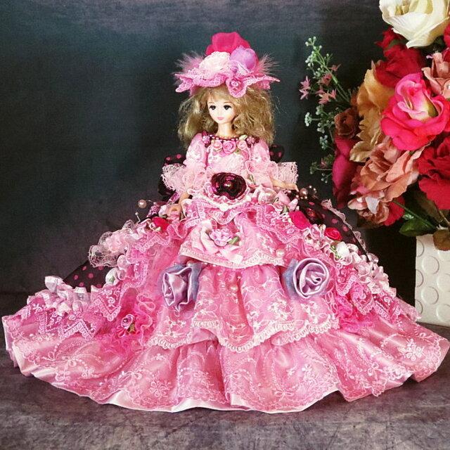 ドール服 着せ替え ドットと薔薇 スイートドレスのお姫様の画像1枚目
