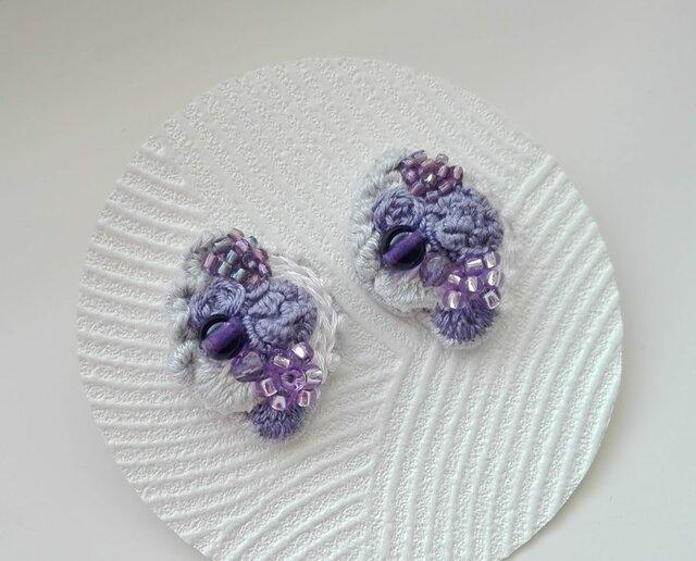 刺繍ピアス 花束の画像1枚目