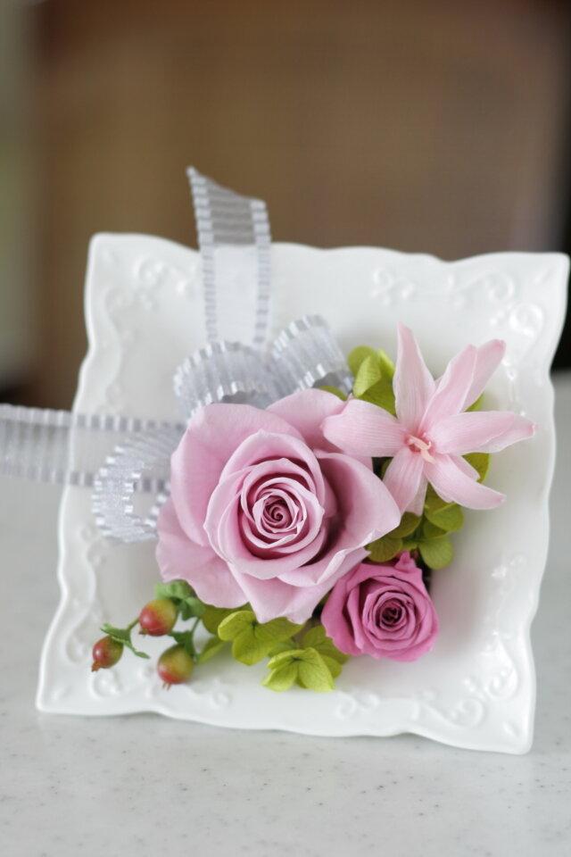 陶器フレーム(淡いピンク)の画像1枚目