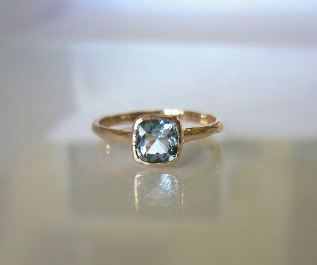 天然アクアマリンのK10の指輪の画像1枚目