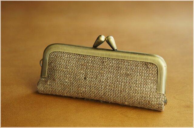 ■手紡ぎ、手織りシルク・リネンのがま口印鑑ケース / u■ hanko case (gmi-u)の画像1枚目
