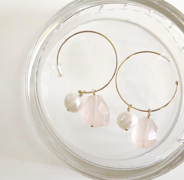 rose quartz*桜ピアスの画像1枚目