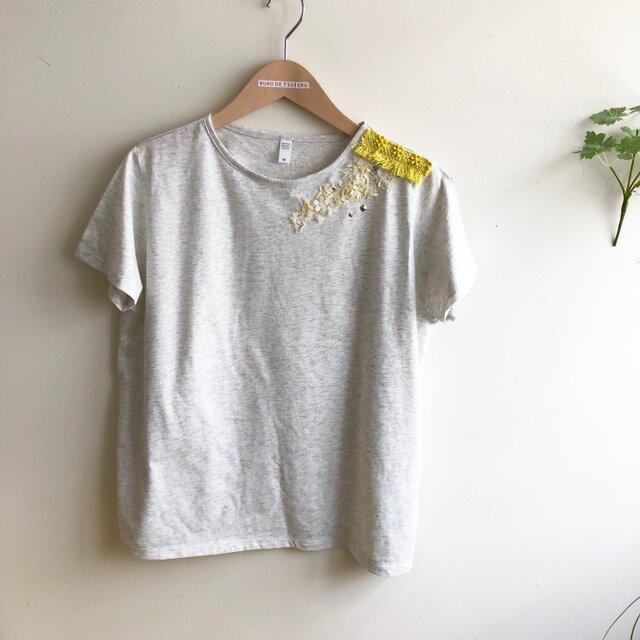 杢グレーTシャツ 爽やかイエローのデコレーションの画像1枚目