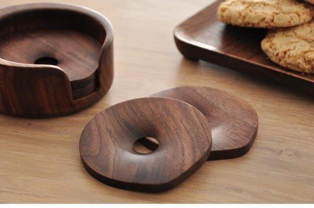 受注生産 コースター ウォールナット 手作り 北欧雑貨 ウッドクラフト 新作 職人手作り 木工 雑貨 暮らしを楽しむの画像1枚目