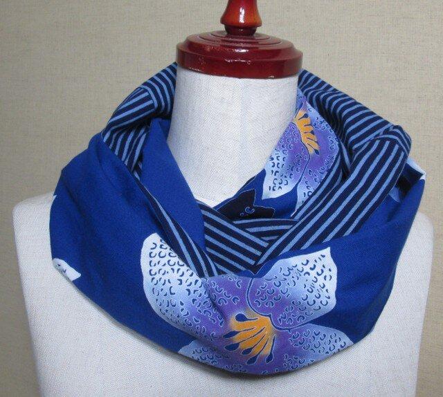 再出品 紺に大きな花模様の浴衣×縞模様の浴衣から作ったスヌードの画像1枚目