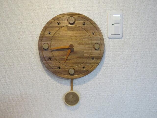 アカシアの振り子式掛時計NO2の画像1枚目
