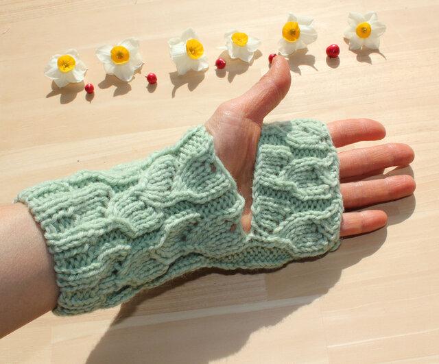 手編み レッグウォーマー アームウォーマー 冷え取り 草木染(ヨモギ&桑の葉) ウール100% の画像1枚目