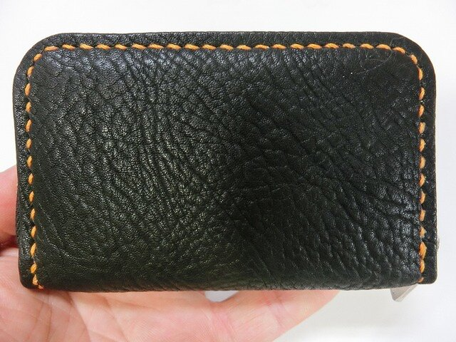 ミニラウンドファスナー財布(ブラック ステッチはオレンジ)の画像1枚目
