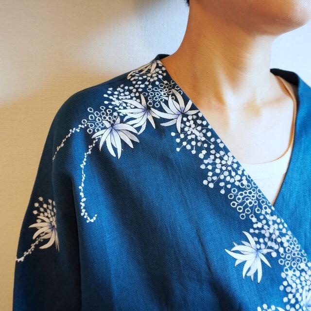 リネン羽織り・紺・海中植物の画像1枚目