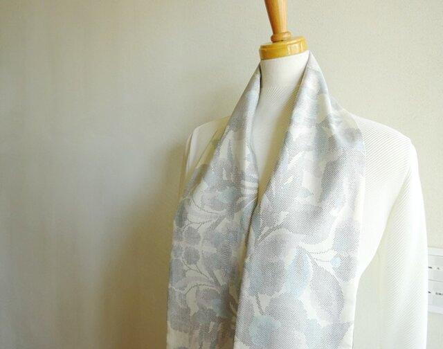 クールな大島紬のスカーフ(リバーシブル)の画像1枚目