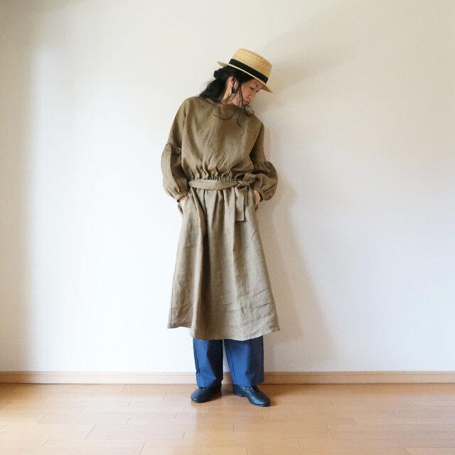 Linen waist gather one piece KHAKIの画像1枚目