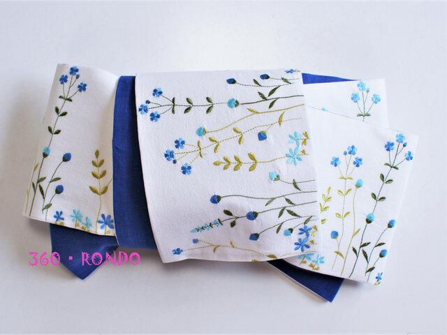 海外コットン・リネン 「風に揺れる花畑(青) 刺繍」★半幅帯4m リバーシブルの画像1枚目